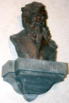 """Busto di P. Semeria al """"Vittorino da Feltre"""" di Genova"""
