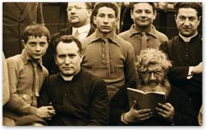P. Semeria e P. Minozzi tra gli orfani.