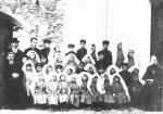 P. Semeria, ad Amatrice, con il primo gruppo di orfani, affidato alle Apostole del Sacro Cuore.