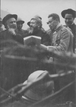 P. Semeria parla ai soldati.