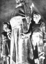 P. Giovanni Semeria servo degli orfani. Bronzo di A. Monteleone