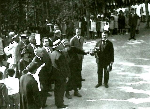 P. Semeria con Ciano in visita a Monterosso (1926)